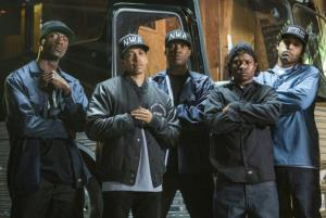 \'Straight Outta Compton\' Goes Gangsta on Newcomers With $26 Million at Box Office