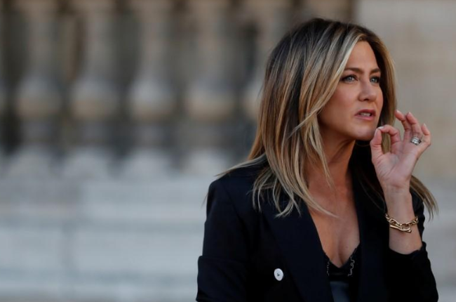 Jennifer Aniston to star in same-sex White House comedy film